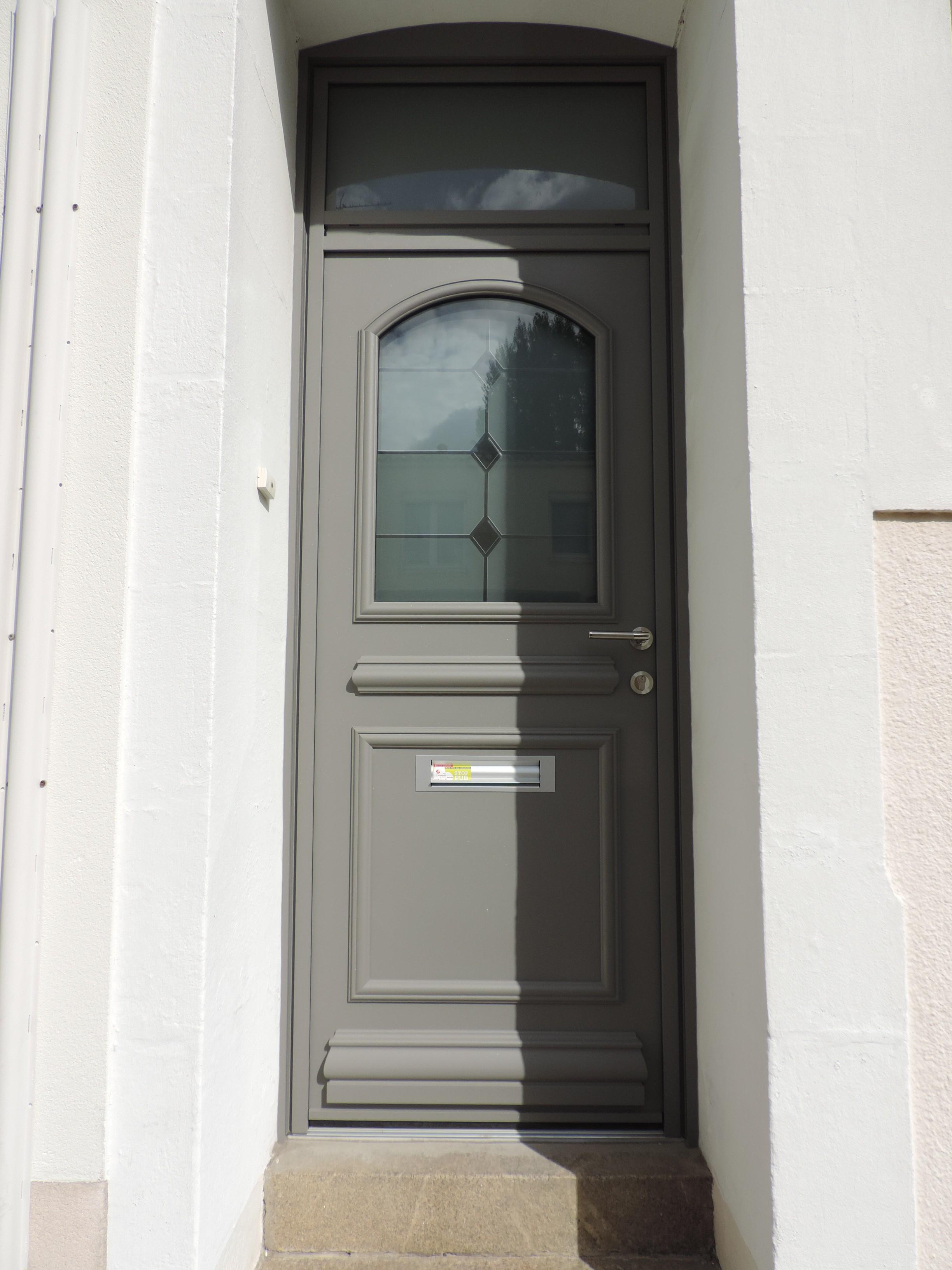 Porte D Entr E Sari Jpg Menuiserie